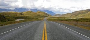 imagen de una carretera asfaltada