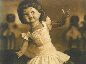 Una de las muñecas de la marca FAMOSA